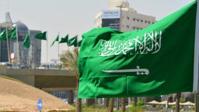 صورة السعودية تمنع دخول غير المحصنين إلى المراكز التجارية