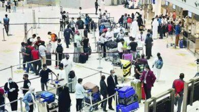 صورة «السياحة والسفر» يطالب بالسماح بدخول المقيمين المطعمين لرفع معدلات تشغيل المطار