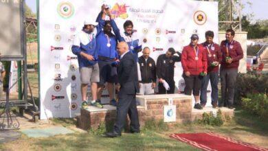 صورة رماة الكويت يحرزون الميدالية الفضية في مسابقة «التراب» بالبطولة العربية