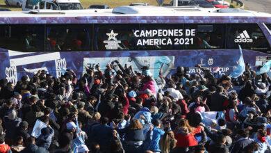 صورة استقبال حاشد للمنتخب الأرجنتيني المتوّج بكوبا أمريكا