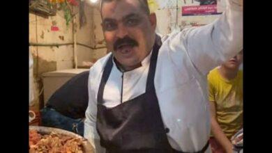 صورة «أرخص ساندويتش» في مصر… «الجملي هو أملي»
