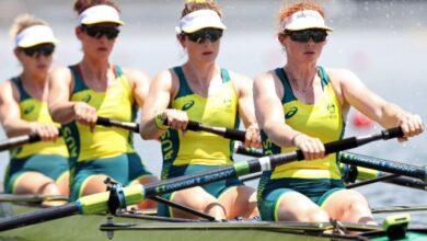 صورة أستراليا تحرز ذهبية رباعي السيدات بمجذافين
