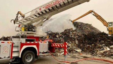 صورة إخماد حريق مصنع للحديد بـ الشعيبة الصناعية