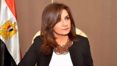 صورة نبيلة مكرمتنفي التدخل في إنهاء عمل عدد من المصريين بالكويت