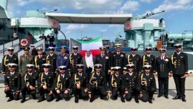 صورة تخريج 18 ضابطا بحريا كويتيا من الأكاديمية البحرية البولندية