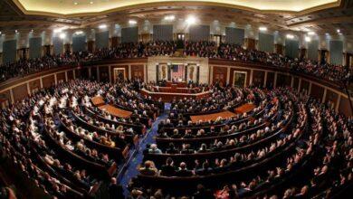 صورة مشرعون أميركيون يعلنون طرح مشروع قانون للبنية التحتية بقيمة تريليون دولار