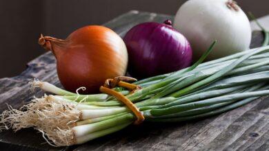 صورة هذه الفئة ممنوعة من أكل البصل