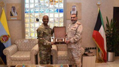 صورة رئيس الأركان يستقبل قائد القوات البرية الأميركية الوسطى