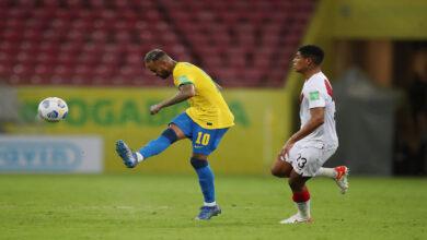 صورة البرازيل تفوز 2-صفر على بيرو في تصفيات المونديال