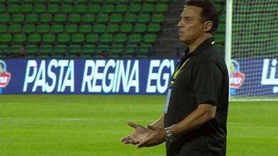 صورة إقالة مدرب المنتخب المصري لكرة القدم وجهازه المعاون