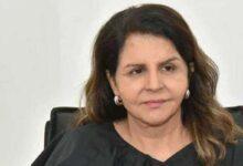 صورة إحالة مديرة «هيئة الإعاقة» شفيقة العوضي إلى التقاعد